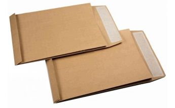 Rudi popieriniai Kraft vokai su praplatėjimu šonuose